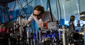 Physicists build bizarre molecules called Rydberg polarons