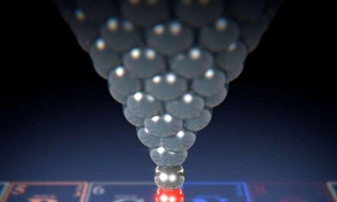 Individual impurity atoms detectable in graphene