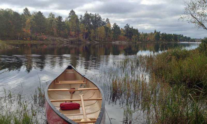 Greenhouse gas feedback loop discovered in freshwater lakes