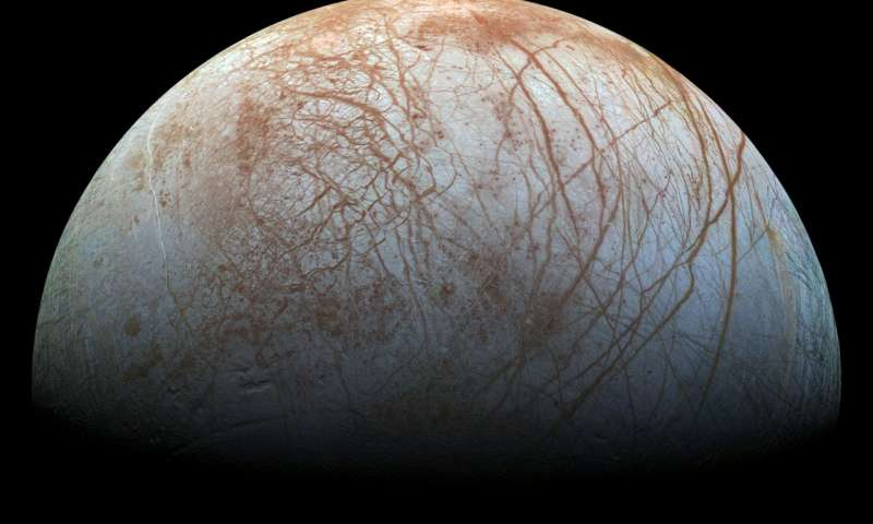 New evidence for water plumes on Jupiters moon Europa