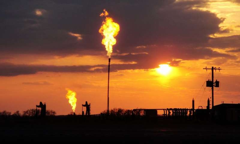 New study finds US oil and gas methane emissions 60 percent higher than estimated