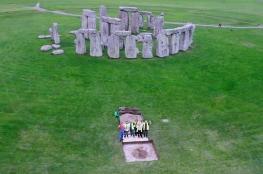 New light shed on the people who built Stonehenge