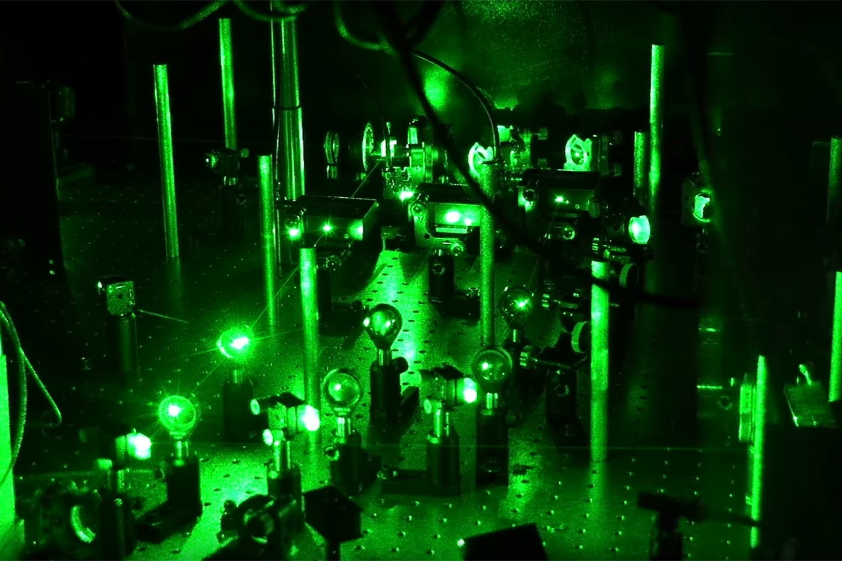 Ultracold atoms used to verify 1963 prediction about 1 D electrons