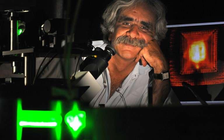 Scientists push microscopy to sub molecular resolution
