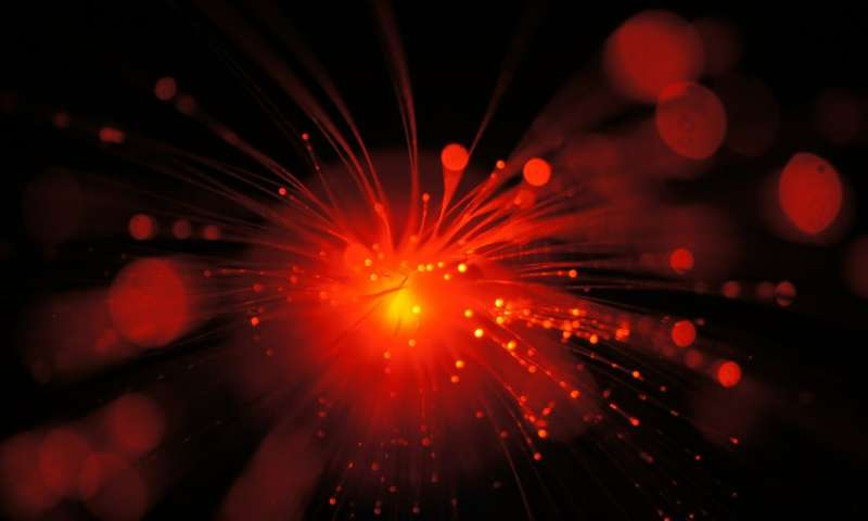 Study shows what happens when ultrafast laser pulses not heat cause a material to change phase