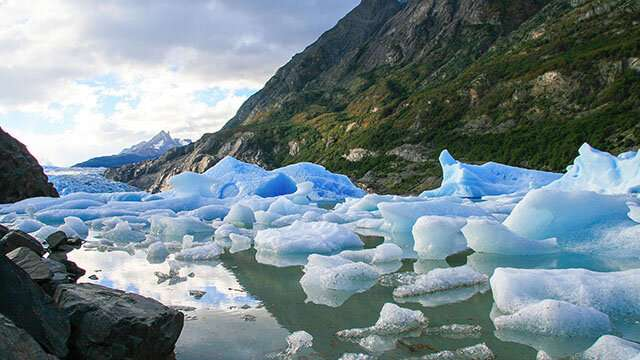 Researchers examine political divide behind climate change beliefs