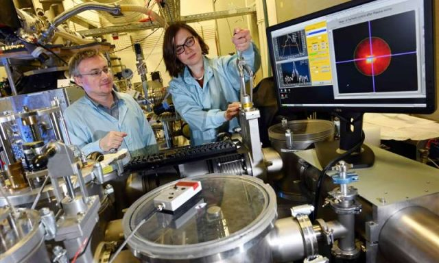Scientists create plasma using nanowires and long wavelength ultrashort pulse laser