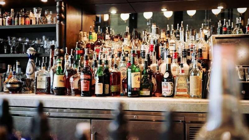 cropped Toxic substances found in the glass and decoration of alcoholic beverage bottles