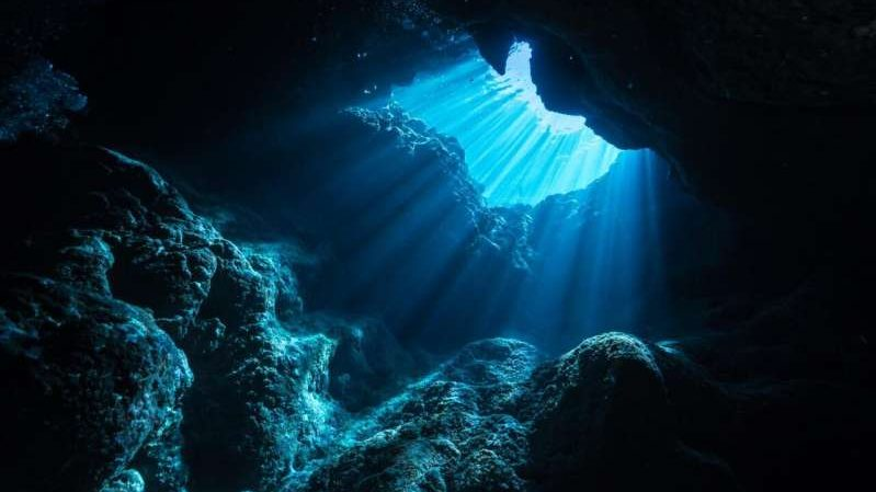 cropped Electricity driven undersea reactions may have been important for the emergence of life