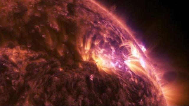 cropped Scientists reproduce the dynamics behind astrophysical shocks
