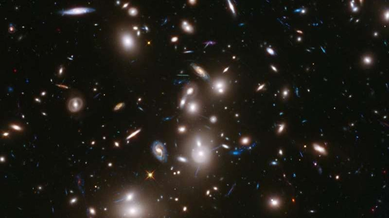 cropped Scientists weigh the balance of matter in galaxy clusters