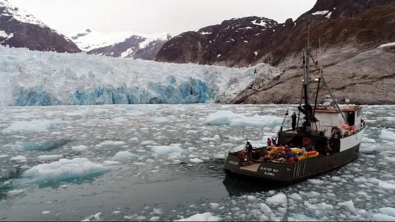 cropped Underwater glacial melting is occurring at higher rates than modeling predicts