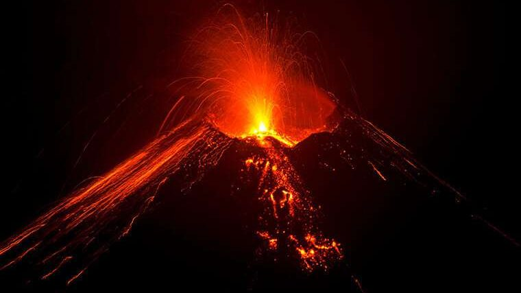 cropped Water drives explosive eruptions Magma is wetter than we thought
