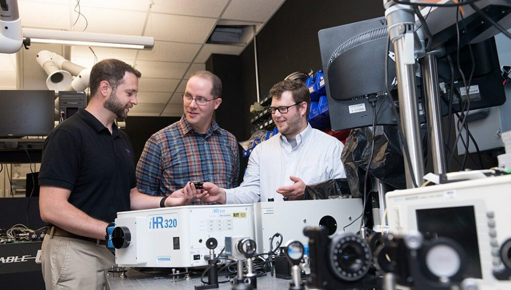 cropped Researchers develop practical method for measuring quantum entanglement