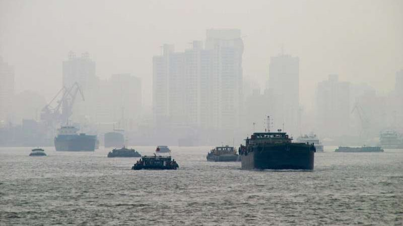 cropped Environmental pollution in China decreases