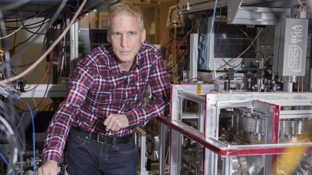 cropped Scientists measure precise proton radius to help resolve decade old puzzle