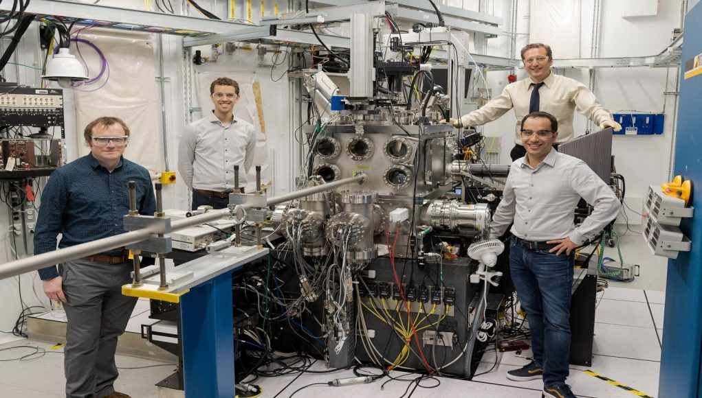 cropped Seeing sound Scientists observe how acoustic interactions change materials at the atomic level