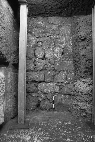 Archaeologists uncover 2000 year old street in Jerusalem built by Pontius Pilate