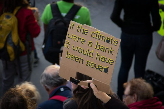 Stepping up the science of street protests