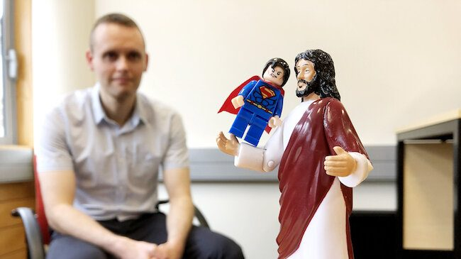 cropped Study identifies psychology of attraction to religious deities and superheroes