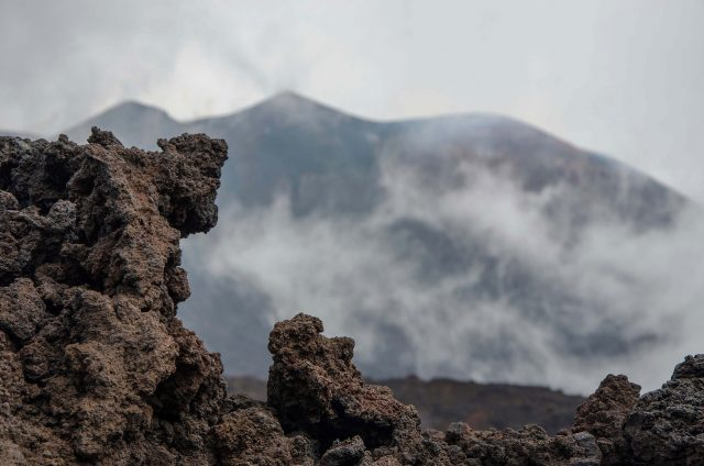 Carbon emissions from volcanic rocks can create global warming