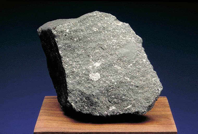 Curious and curiouser Meteorite chunk contains unexpected evidence of presolar grains