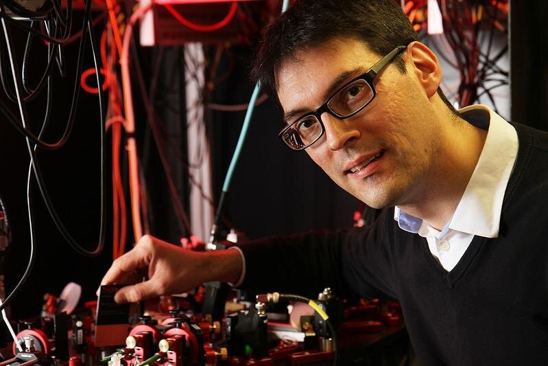 Single atom probe uses quantum information for the first time