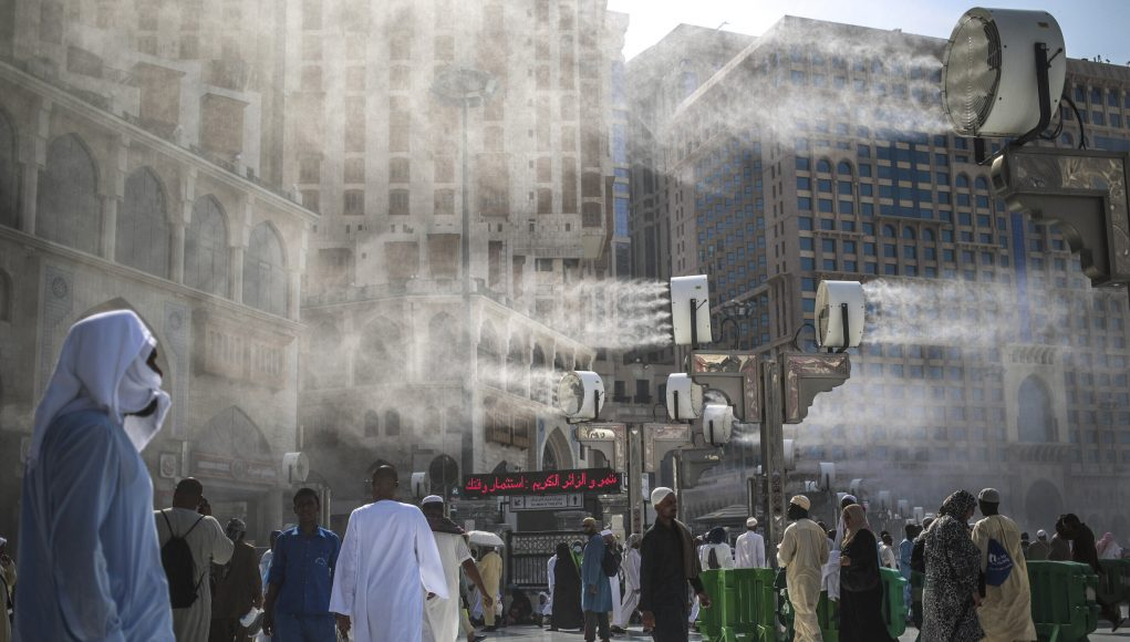 Billions projected to suffer nearly unlivable heat in 2070 scaled
