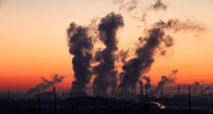Over a 15 year period a small percentage of industrial facilities emit the majority of toxic pollution year after year