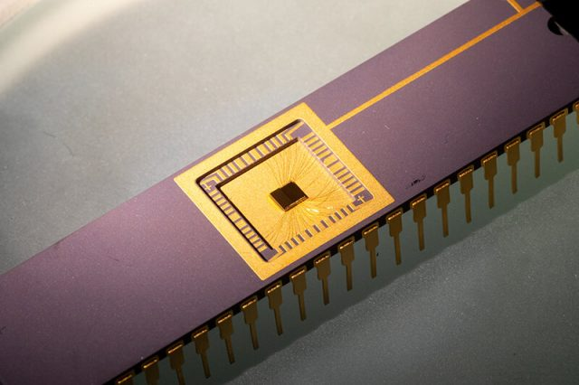 Physicists build circuit that generates clean limitless power from graphene