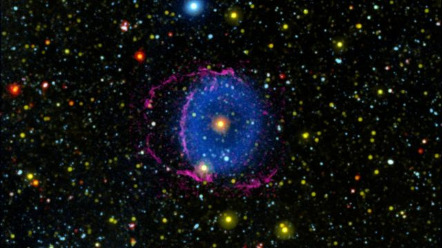 In the mysterious Blue Ring Nebula scientists see the fate of binary stars