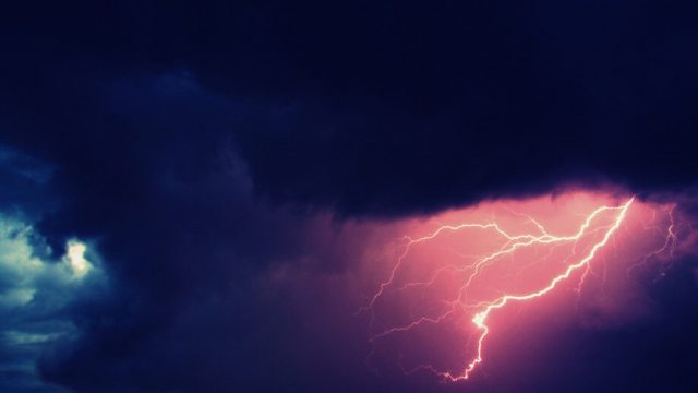 New tractor beam has potential to tame lightning