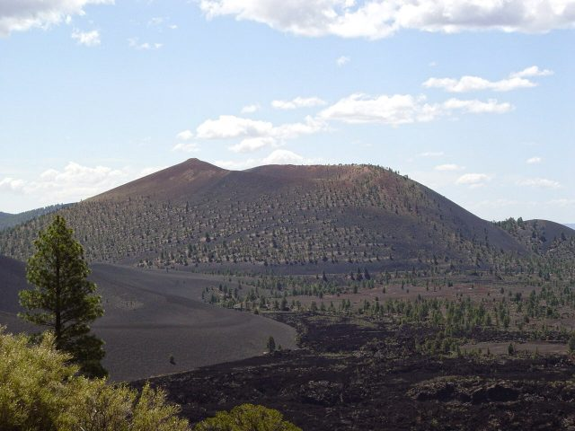 Understanding origins of Arizonas Sunset Crater eruption of 1000 years ago