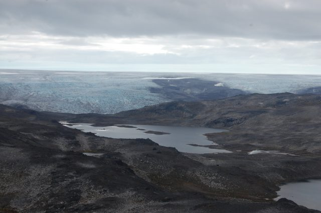 Traces of Earths early magma ocean identified in Greenland rocks