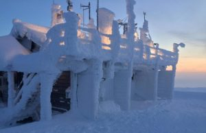 Snow chaos in Europe caused by melting sea ice in the Arctic